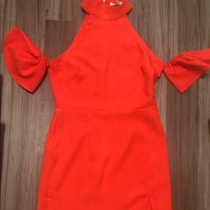 Dresses & Skirts - Entire cold shoulder dress